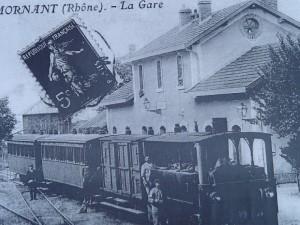 Vue ancienne de la gare de Mornant sur la ligne Fourvière Ouest-Lyonnais (FOL)
