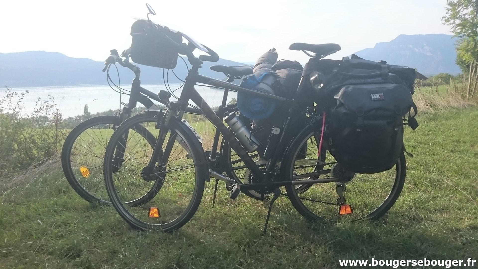 Rando vélo d'Aix-les-Bains à Lyon par la ViaRhôna - photo du lac du Bourget